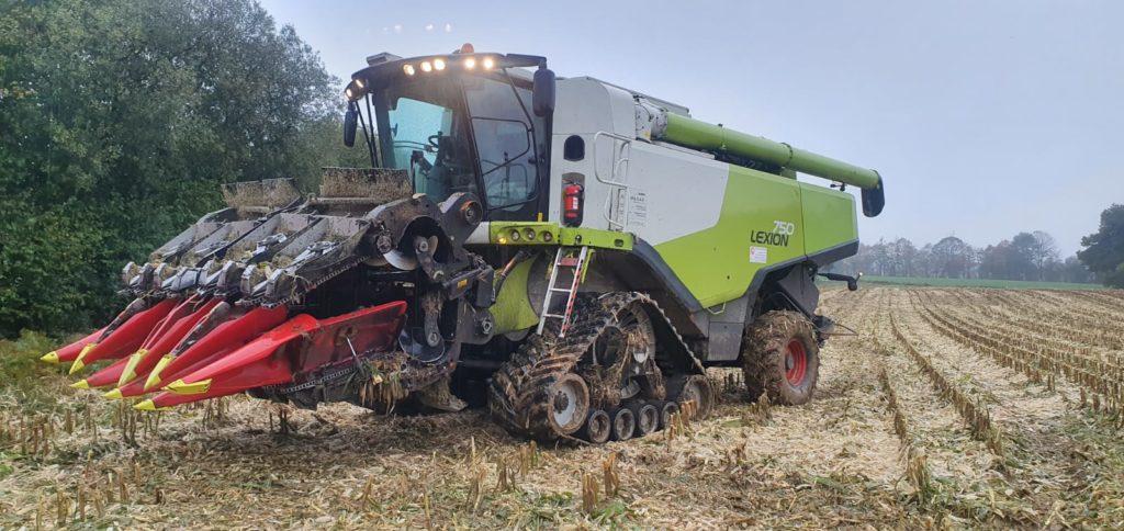ETA-Gautier-Lexion-750-avec-ses-chenilles